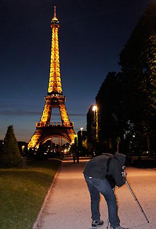 Flash intégré et Tour-Eiffel